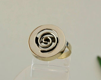 Silver or gold snail circle adjustable ring, alpaca pinky simple swirl boho ring, little finger disc spiral gypsy ring