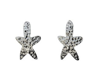 Silver flower stud earrings , gift for mom, 5 petals hammererd stud earrings