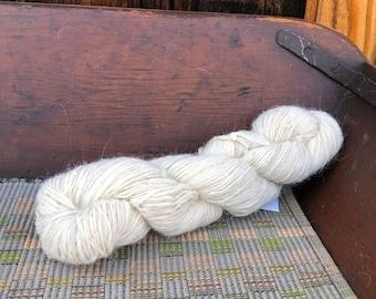 Navajo Churro Sheep Handspun Yarn Single Ply JU5 3.23 ounces - 200 yards - White color