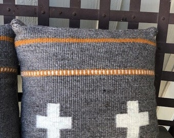 Handwoven Pillow - 18-inches - Navajo Churro Gray, White, and Cota Dyed yarn - SOLD