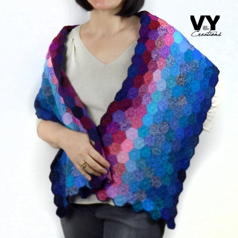 626a25912e7 Echarpe châle étole au crochet main en laine fine pur mérinos