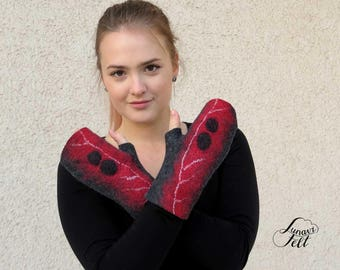 Felted fingerless gloves Felted fingerless mittens Gray and Red Abstract modern wool gloves