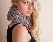 Gray bulky cowl, womens knitwear, loop scarf, circle wool scarf, winter accessory, unisex scarves, Christmas gift, knitwear neck warmer