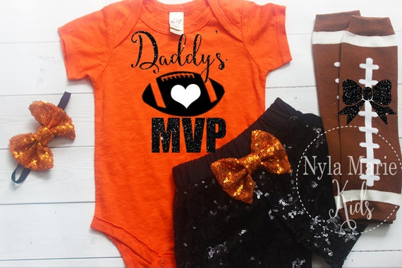 Daddys Mvp Baby Madchen Fussball Outfit Papas Grosster Fan Spieltag Fussball Shirt Des Vatis Thanksgiving Outfit Baby Madchen Sport