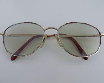 a10640e46e5 Classic gold frame glasses