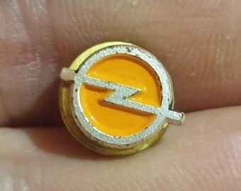 Unisex Opel Bee Brooch Pin