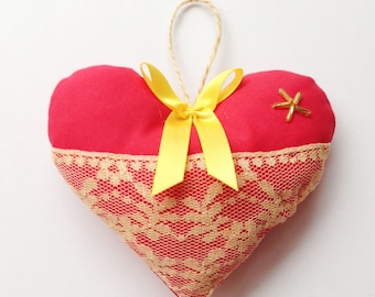 Red and gold shabby chic hanging heart, perfect for christmas decoration, wedding favour, valentines
