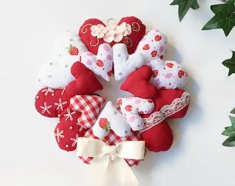 Hanging Heart Wreath / Stuffed Heart Wreath / Fabric Heart Wreath / Shabby Chic Hearts / Heart Wall Hanging