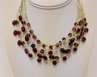 Red glass bead wire necklace- Gold coloured