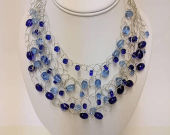 Blue glass bead wire necklace