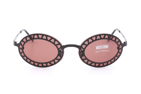 cc55dced79d Moschino M 3089-S vintage sunglasses   typically design by