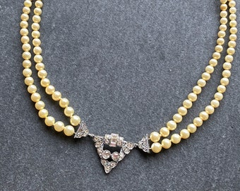 Art Deco Ivory Pearl Necklace with Antiqued Brass