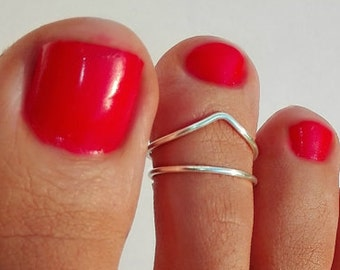 2 SILVER PLATED, 925 Sterling Silver Toe Ring/Foot Jewelry/Set of 2 toe rings/Silver toe ring/Adjustable toe ring/(Non Tarnish)