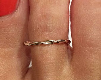 Twisted Toe Ring  Silver Plated  / Sterling Silver Gold Plated / 14K Gold Filled