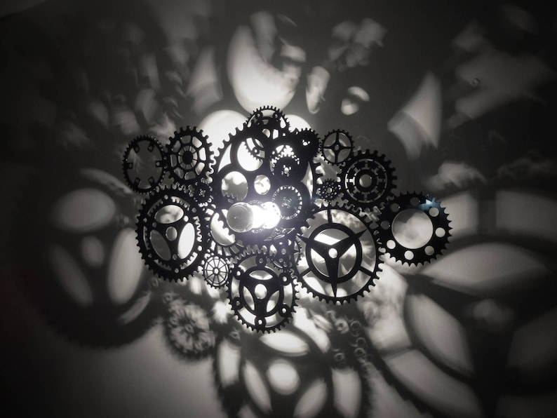 Apply shadow-effect gear design image 0
