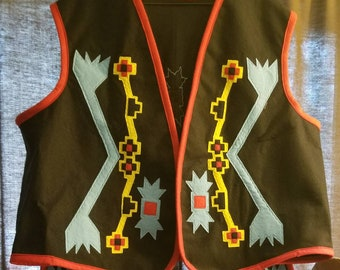 Mens Traditional Regalia,  Vest, Aprons and Cuffs