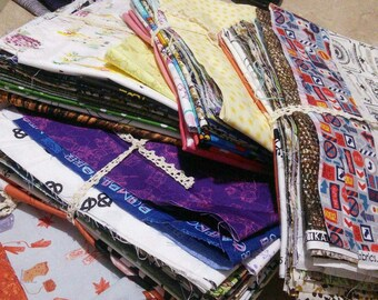 Scrap pack, 6 yards minimum, Cotton quilt and/or Craft cotton. Different textures, size, pattern, photo as an example, (Reg 38.98-116.94)