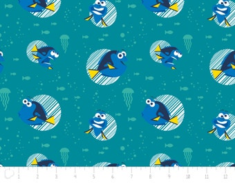 Disney, Finding Dory, Dory Faces, 85170105, col 02, Camelot Fabrics, Camelot Fabrics, multiple quantity cut in one piece, 100% Cotton