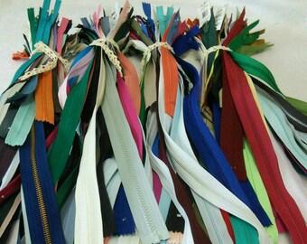 Bundle 25 zippers, zipper, separable, non-separable, resistant, color and length varied, SURPRISE, Z08, (Reg 15.00-150.)