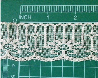 5 yards, Lace vintage, 35mm, 1.38 pouce, Cream, (4.60 metres), DT04