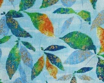 Feuille, fond bleu pâle, Joann, cotton, cotton quilt, cotton designer