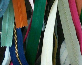 50 zippers, little and big, varied color, varied size,not detachable, invisible and detachable