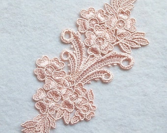Applied, lace, peach, 3 1/2 inches x 8 3/4 inches, polyester, vintage,