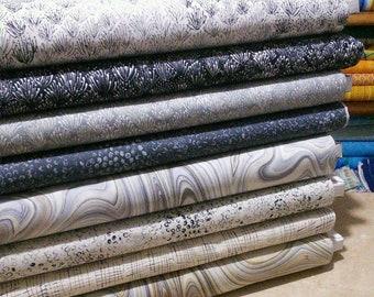 Bundle, 8 motifs, Chalk, Robert Kaufman Fabrics, quilt cotton