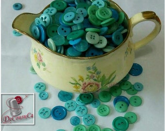 12 kits of 6 buttons, 1970-2000, Blue, green, turquoise, teal, 2 holes, 4 holes, 6 buttons by model, 72 buttons, BA24