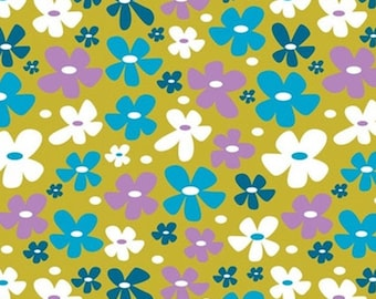 Wild at Heart, 18180106 col 03, Springs Birds, Camelot Fabrics, 100% Cotton, (Reg 2.99-17.99)