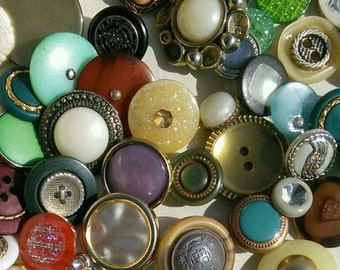 50 buttons, Vintage, 1940-1970, chic, with metal, or kits, colors various, different sizes, photo example, BA110