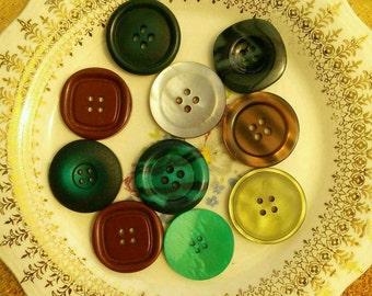 28mm, 10 Buttons, 4 Holes, Vintage, Lucite, Celluloid, Antique Button, Decorative Button, Vintage Button, Mixed Button, 1950-1980