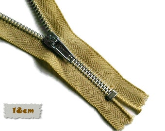 18cm, Beige, Zipper, 7 Inch, Metal Slider, Zipper, Non-Detachable, vintage, 1980, ZC2, (Reg 2.49)