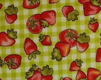 Strawberries, on vicky green lime and white background, Country cuisine, Henry Glass, 6723, 100% Cotton