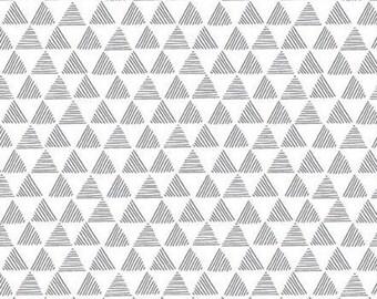 WHITE, BLACK, Triangle, Purrfect Day, 9904, Riley Blake, cotton quilt, cotton designer