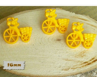 3 Buttons, 16mm, tricycle with basket, yellow, Vintage, 1980s, GR05, (Reg 1.80)
