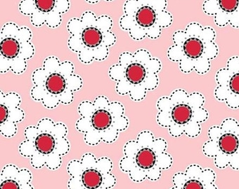 Daisies, 21181002, col 01, Field of Poppies, Camelot Fabrics, 100% Cotton