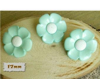 3 buttons, 17mm, flower, light green, center white, plastic, 1980, vintage, GR04