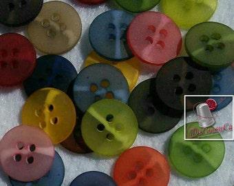 25 buttons, colors various, 4 holes, plastic solid, vintage, BA22, (Valeur de 7.50)