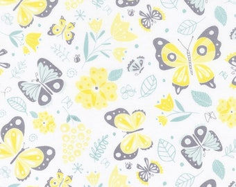 On the wing, Flutter & Buzz, 6141801-01, Camelot Fabrics, multiple quantity cut in one piece, 100% Cotton, (Reg 3.99 - 17.99)