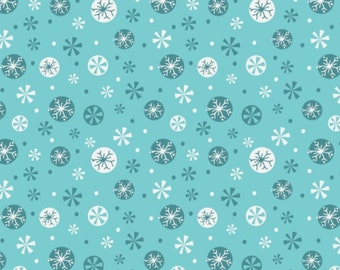 END OF BOLT, Snowflakes, blue, 61170104, Camelot Fabrics, multiple quantity cut in one piece, 100% Cotton