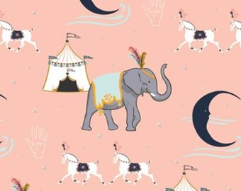 Circus, elephant, pink, Night Circus, 29180301L, col 01, Camelot Fabrics, cotton, cotton quilt, cotton designer