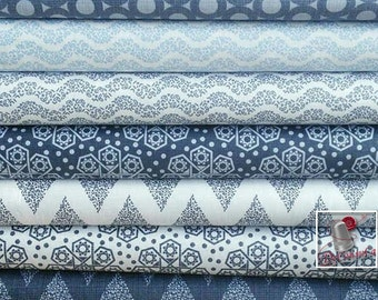 7 prints, 1 of each print, The alchemy, navy, blue, white, Camelot Fabrics, kit of 7 prints differents