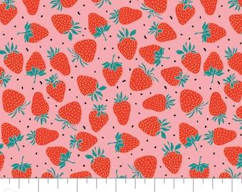 Strawberries, Feeling' Fruity, 30200203, col 01, Camelot Fabrics, 100% Cotton, (Reg 3.76-21.91)
