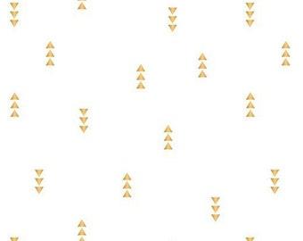 White, gold, 2145002, col 04, Mixology Luxe, Camelot Fabrics, cotton, cotton quilt, cotton designer