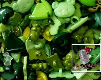 25 Fancy buttons, Green, lime, teal, dog, turtle, tulip, cherry, frog, bear, boat, heart, etc. BF60,