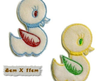 Embroidered badge, Duckling, 8cm X 11cm, sewing, badge, sewn patch, decoration, washable, embroidery on white, fluffy, (Reg 6.50)