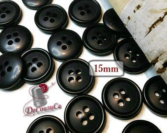 40 Buttons, 15mm, black, 4 holes, BA63, (Valeur de 7.50)