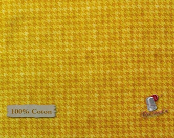 Houndstooth basics, Corn, 8624, Henry Glass, multiple quantity cut in one piece, 100% Cotton, (Reg 2.99-17.99)