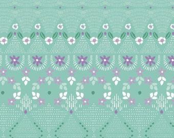 Little details, Green, Bear Hug, 21181505, col 01, Camelot Fabrics, 100% Cotton